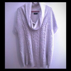 Worthington off white, colored sweater